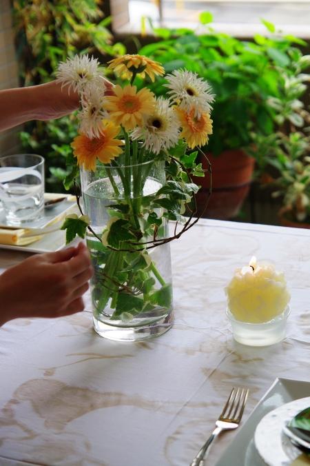 ZARA Homeのテーブルクロスで 初夏のテーブルコーディネート_d0145934_16342768.jpg