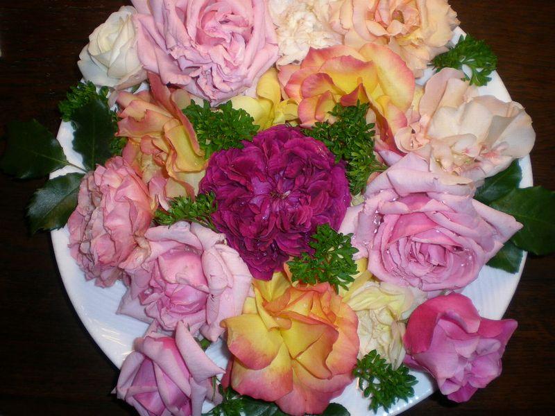 5月17日(日)薔薇のゴージャスディナー!!_f0060461_21495692.jpg