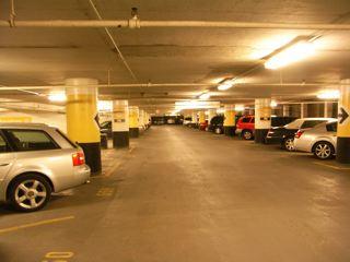 シカゴの立体駐車場_a0079995_521563.jpg