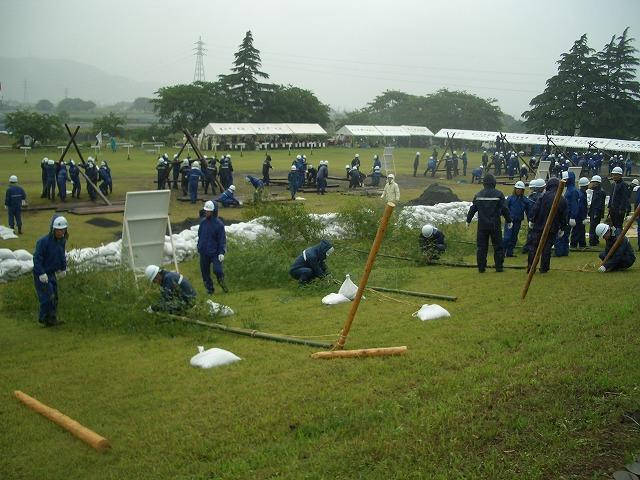 雨の中の水防訓練_f0141310_23371997.jpg