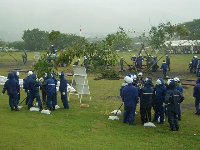 雨の中の水防訓練_f0141310_23374342.jpg