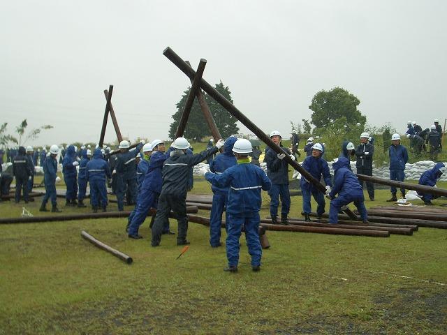 雨の中の水防訓練_f0141310_23392216.jpg
