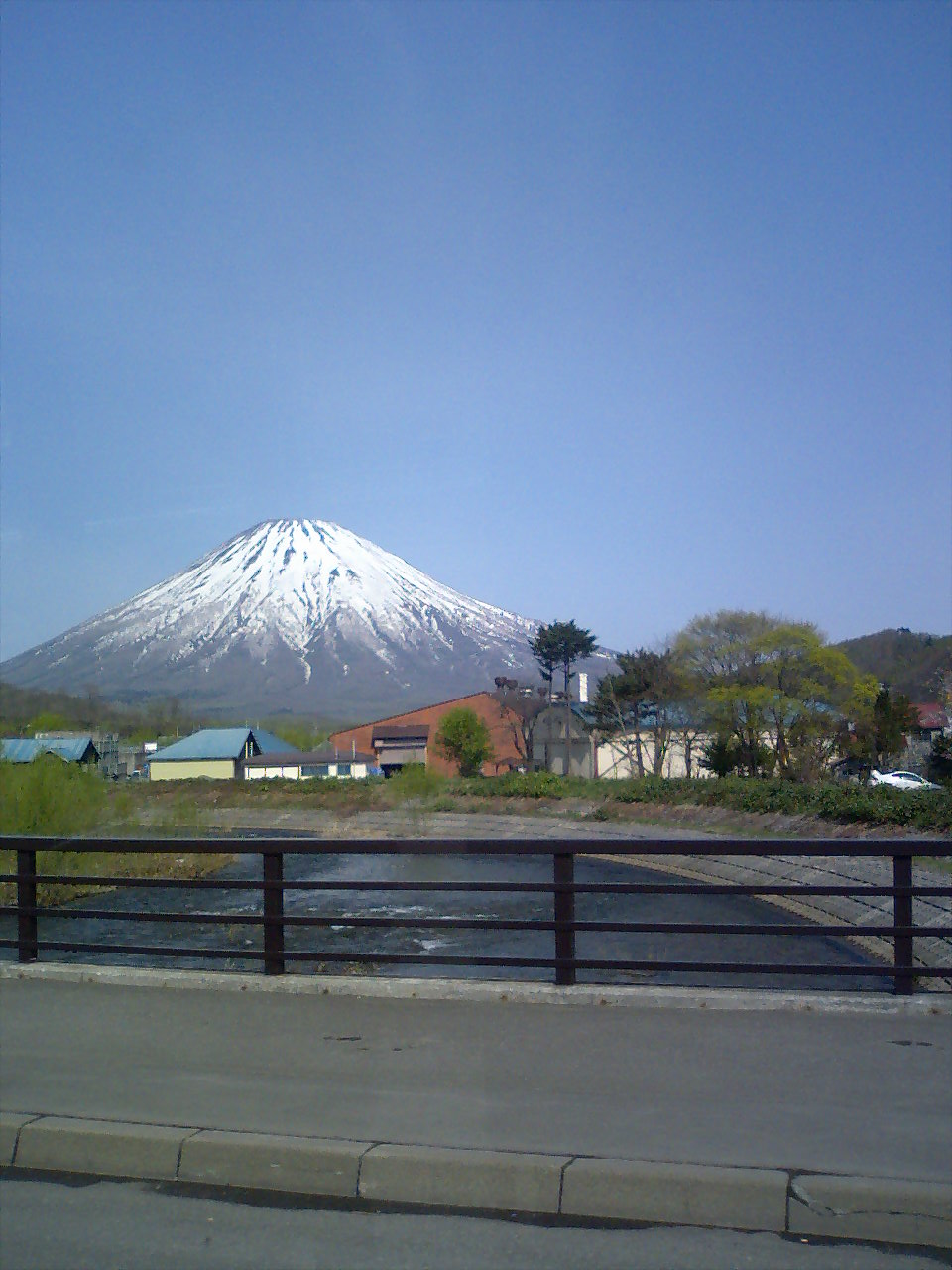富士山・・・?_b0024696_19514265.jpg