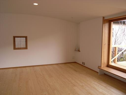 「逗子の家」・「葉山の家」(設計:N設計室さん+徳田英和設計事務所さん)_a0039934_1915173.jpg