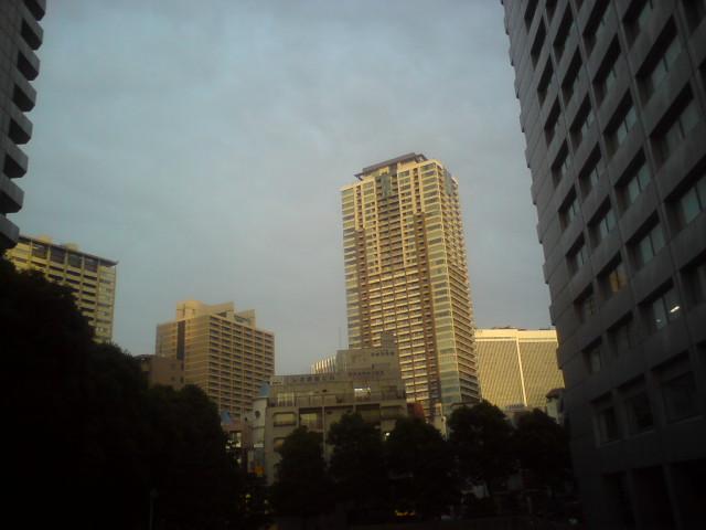赤坂の街は…_d0038951_18343531.jpg