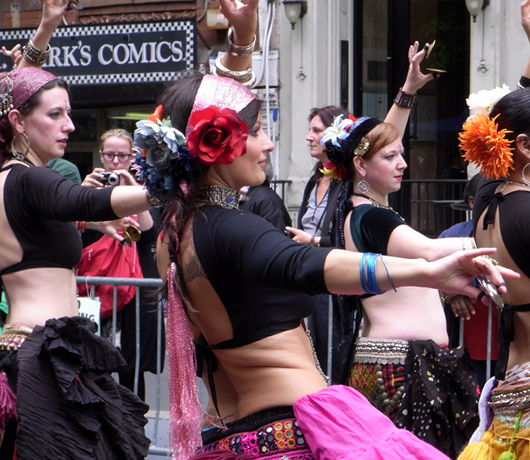 ダンス・パレード New York Dance Parade 2009_b0007805_852522.jpg