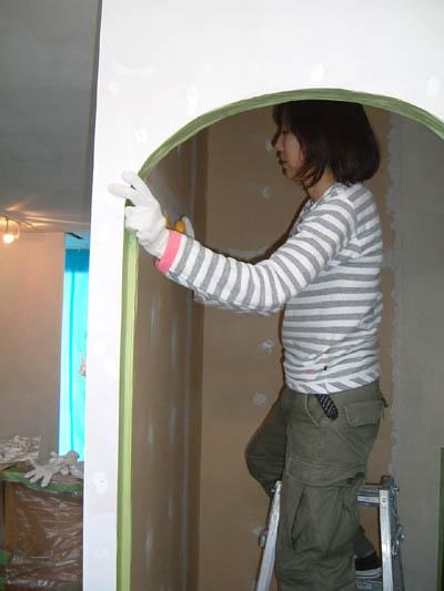 漆喰塗り 開始しました。_a0113127_2224437.jpg