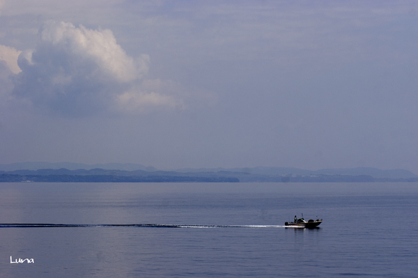 雲とヨットの追いかけっこ_c0165046_01332.jpg