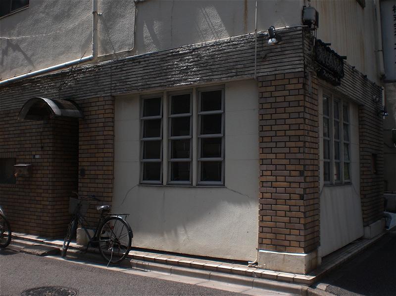 喫茶店の名残り_c0156717_8275923.jpg
