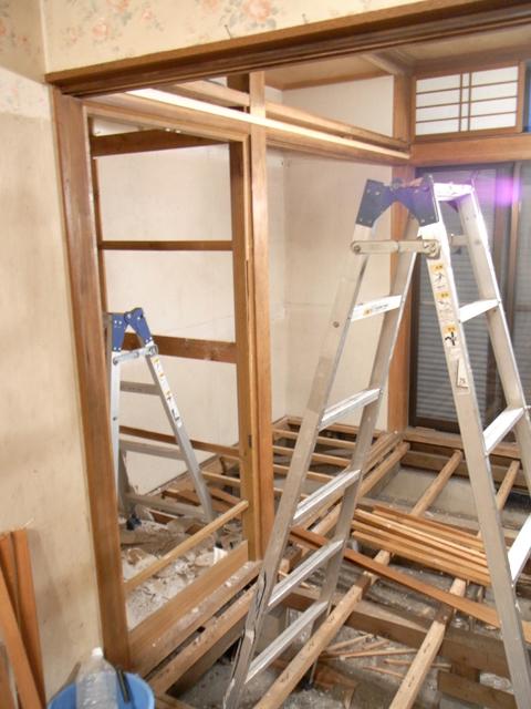 1階・スタジオ大改装 ―破壊―_b0170419_21371572.jpg