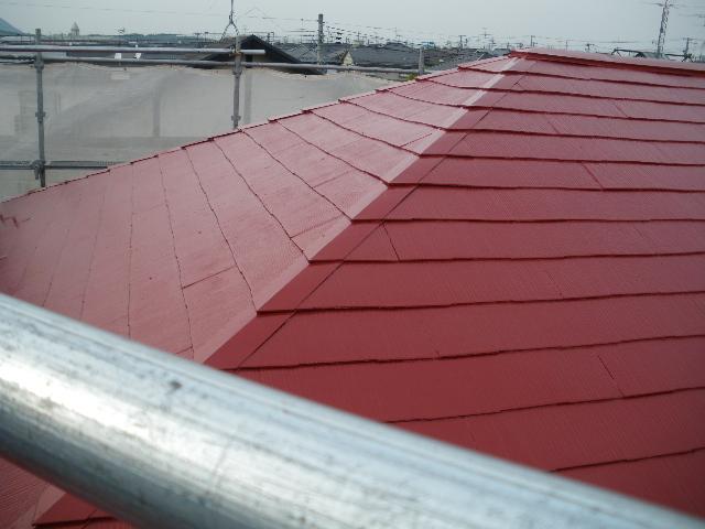 屋根塗装工事4日目です。_c0186441_19512854.jpg