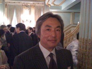 新大使就任パーティーで_f0088456_11414250.jpg