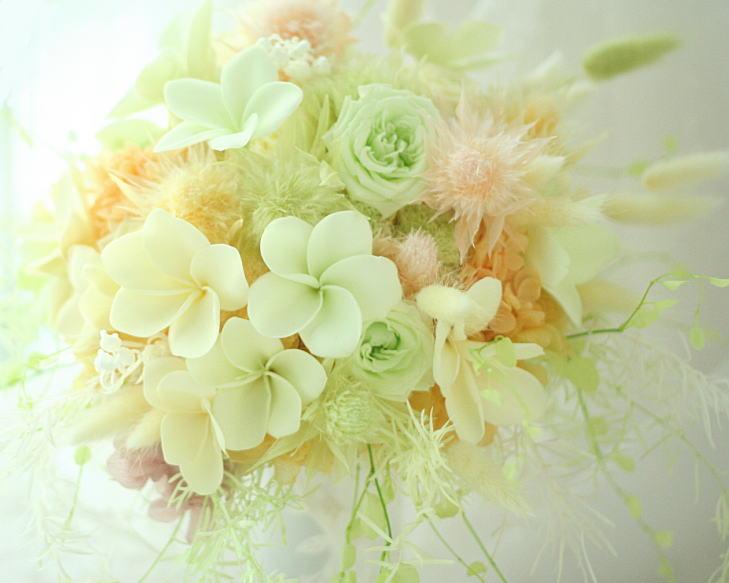 ブーケ プリザーブド プルメリア  八芳園様へ 小鳥のリングピロー_a0042928_22545633.jpg