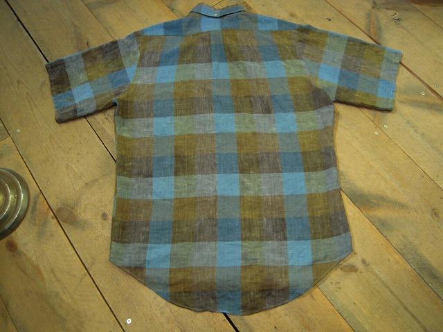 イケてるチェックな半袖シャツ。_d0121303_11552722.jpg