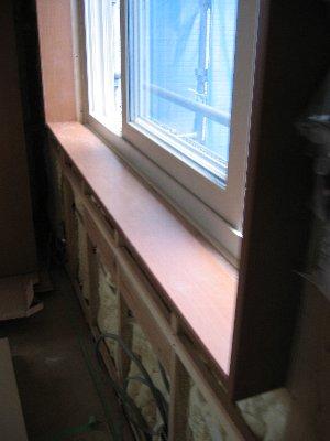 外壁・2階天井床・窓枠_b0165417_9253876.jpg
