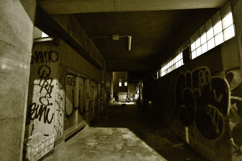 Dead End_a0059621_2214915.jpg