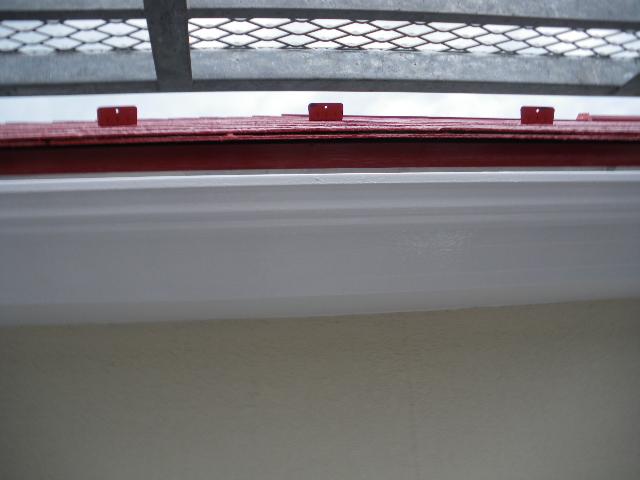 屋根塗装工事5日目です。_c0186441_1441027.jpg