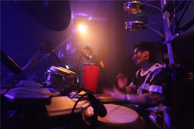 "Shibuya\""WOMB\"" Live Percussion 2009 RENATO COHEN feat.KTa☆brasil_b0032617_1428347.jpg"