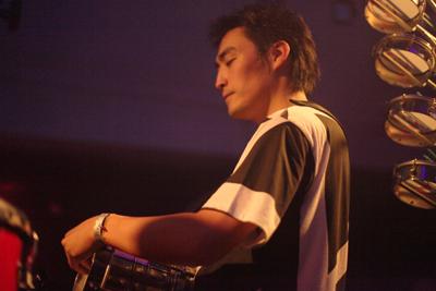 "Shibuya\""WOMB\"" Live Percussion 2009 RENATO COHEN feat.KTa☆brasil_b0032617_1951060.jpg"