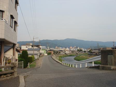 夕暮れの松本で_a0014840_22313353.jpg