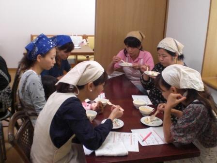 気軽でかわいいお菓子教室in三興_b0080287_15551596.jpg