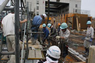工事現場の中へ潜入_c0163819_9221072.jpg