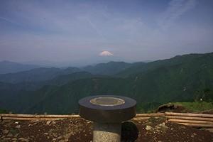 表丹沢と富士山 - ツツジは見られなかったけど・・・_c0171849_11515698.jpg