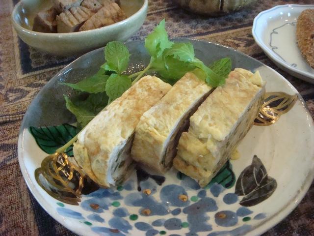 三つ葉とミントがある、朝食は香りの世界、_d0100880_100096.jpg