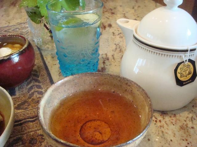 三つ葉とミントがある、朝食は香りの世界、_d0100880_9553091.jpg