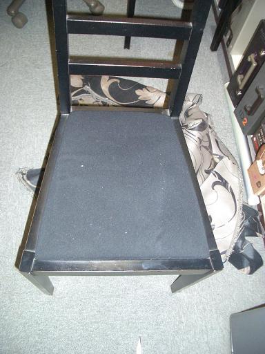 ハギレで椅子張替_e0133255_1321374.jpg