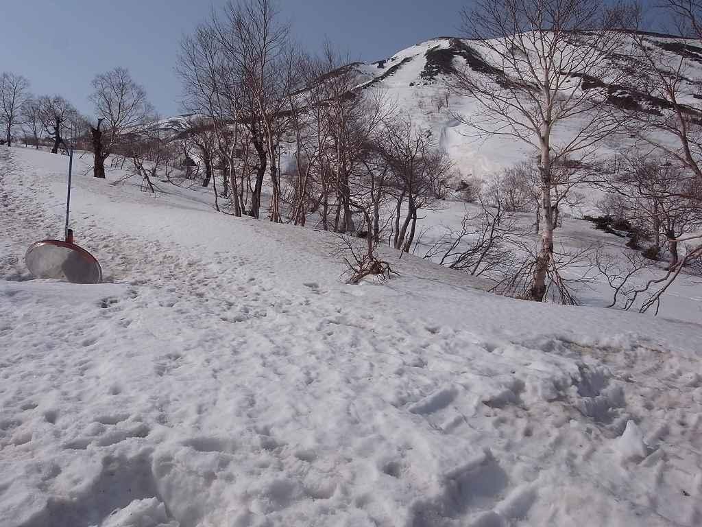 5月2日、秋田駒ヶ岳の登り-写真編-_f0138096_10385216.jpg
