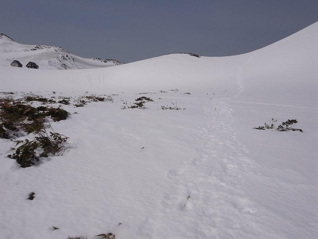 5月2日、秋田駒ヶ岳の登り-写真編-_f0138096_1040173.jpg