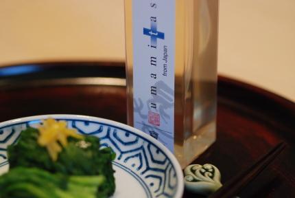 スプレー式の「水塩」だし風味。「umamitas」_d0129786_1440260.jpg