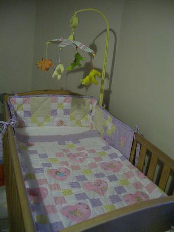 理名のベッド完成!_b0167736_4251334.jpg