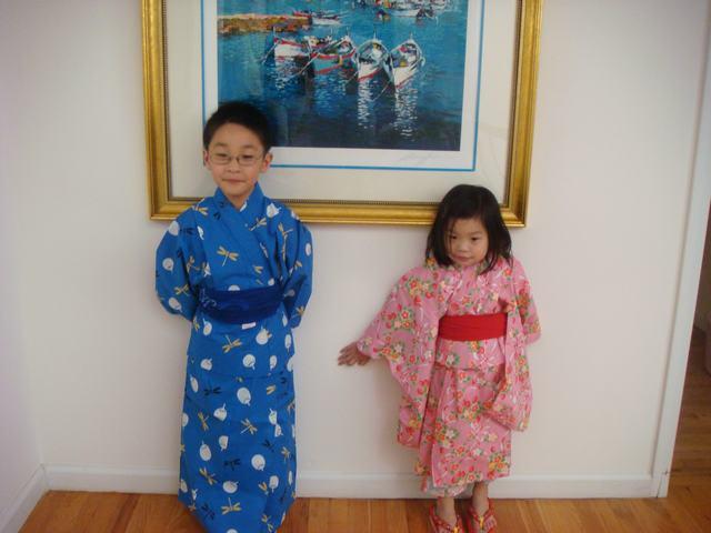 これで、日本祭りにも行けるよね!_d0100880_10535883.jpg
