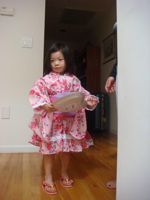 これで、日本祭りにも行けるよね!_d0100880_1054756.jpg