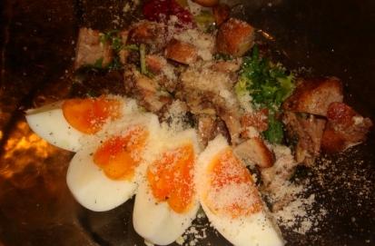 小イワシのコンフィと半熟卵・クルトンのサラダ_c0161981_187184.jpg