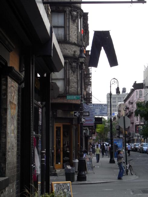 ニューヨークの看板やポスター_b0007805_14531979.jpg