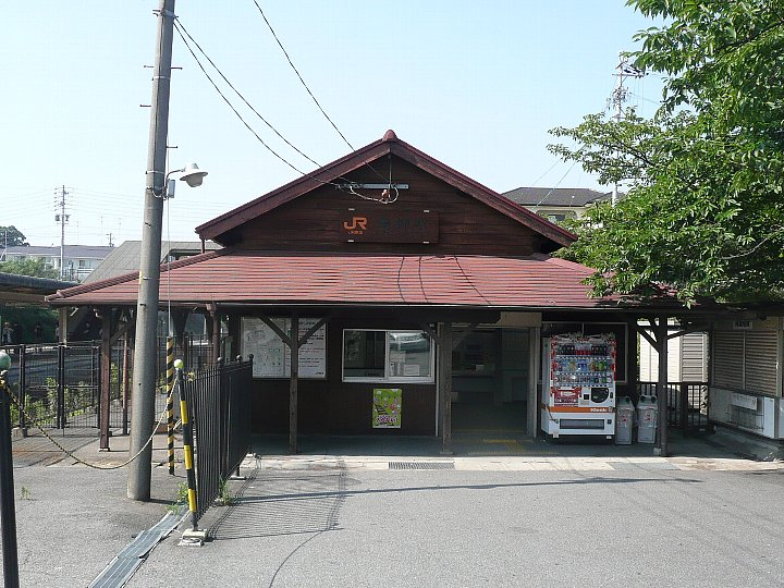 JR亀崎駅舎_c0112559_22341891.jpg