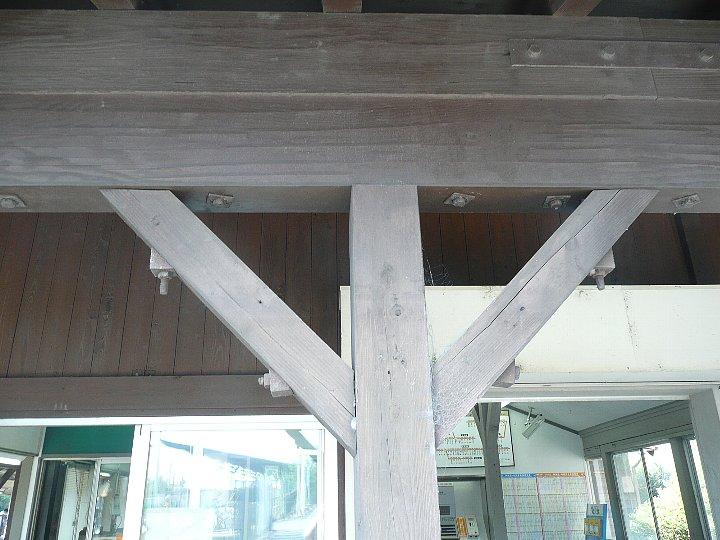 JR亀崎駅舎_c0112559_22351782.jpg