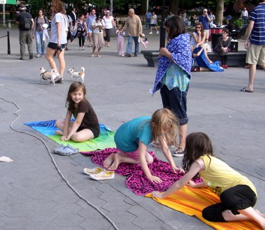 ワシントン・スクエア・パークがリニューアル・オープン!_b0007805_1224320.jpg