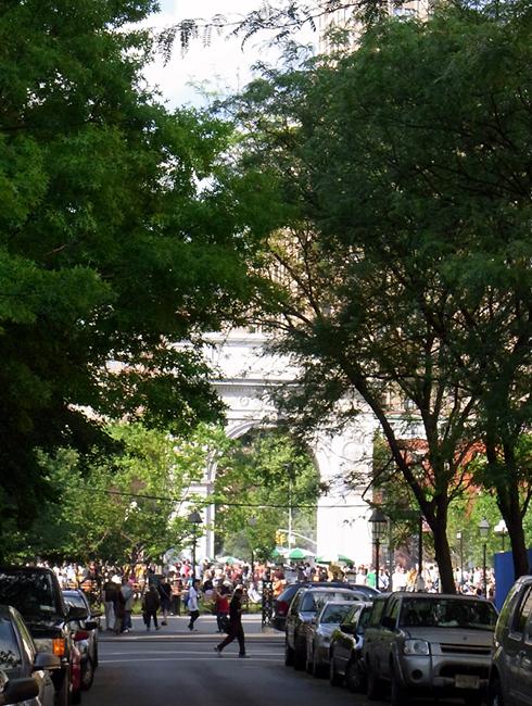 ワシントン・スクエア・パークがリニューアル・オープン!_b0007805_8351720.jpg
