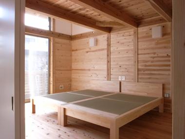 「寝室」、どこまで考えられるか!_d0021969_157161.jpg