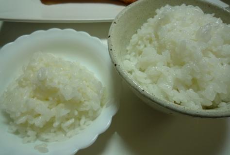 モニターでおうちご飯 『幻の米で TVみたいに食べ比べ~^m^』_e0123286_18591856.jpg