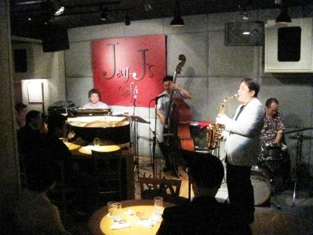 目黒・JJ\'S Cafe_b0094826_1013077.jpg