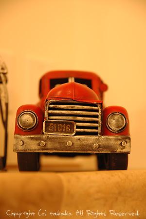 男の子は車が好き?_c0070460_995910.jpg