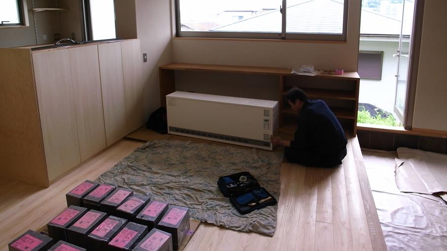 蓄熱暖房機の設置_b0061387_9185463.jpg
