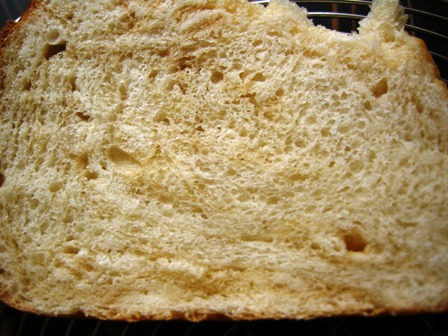 食パンもげました・・・_e0167593_0582888.jpg