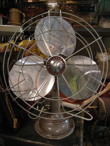 扇風機2_b0120103_1926165.jpg