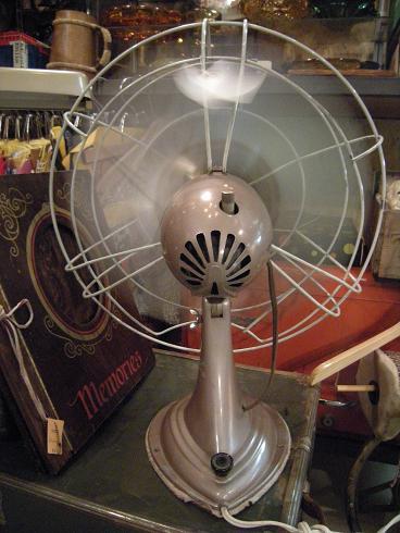 扇風機2_b0120103_19375166.jpg